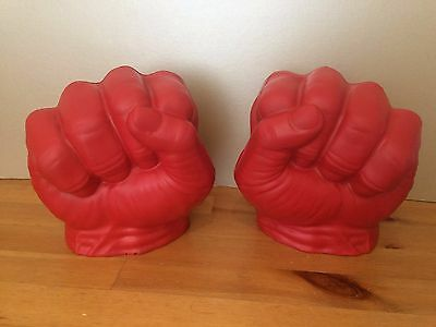 red Incredible Hulk Gamma Smash Hands Gloves Fists Avengers Toys 2014 marvel