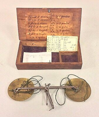 Antique Gold/Diamond/Apothecary Finger Scale in Wood Case w/ Old Label of Msmts