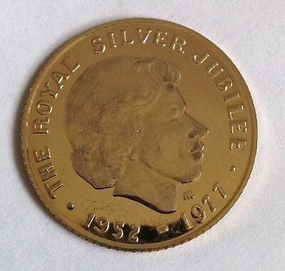 9ct Solid Gold Commemorative Coin - 1977 Silver Jubilee - Original Case