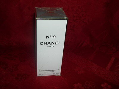 chanel numero 19 emulsion pour le corps body lotion