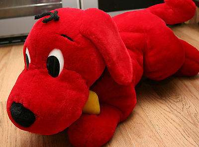 scholastic clifford the big red dog large soft toy