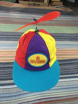 Vtg Whimsical FAO Schwarz Fifth Avenue Propeller hat Beanie USA Union Made Rare