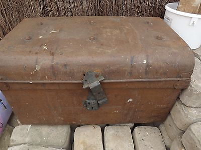 VINTAGE Metal TIN Travelling Trunk Chest STORAGE Box DECORATIVE Prop BRown