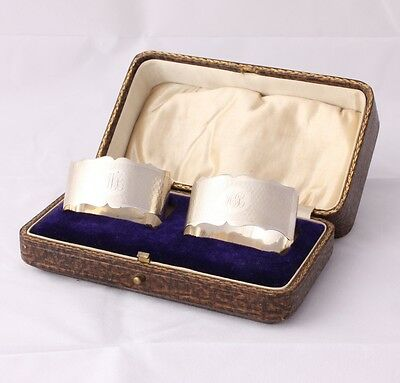 Pair of Boxed Solid Silver Napkin Rings. 2 Oval Hallmarked 1923. AB WB.