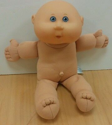 """Cabbage Patch Baby 15"""" Doll Play Along Toys Blue Eyes 2005 kids toy"""