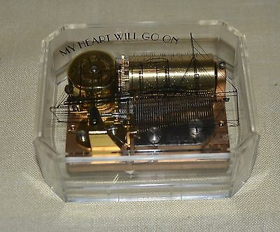 "REUGE Spieluhr Music Box 36 Noten "" Titanic"" My Heart Will Go On  siehe Video"