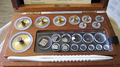 Christian Becker Balances of Precision / Brass Calibration Set with wood Box S1