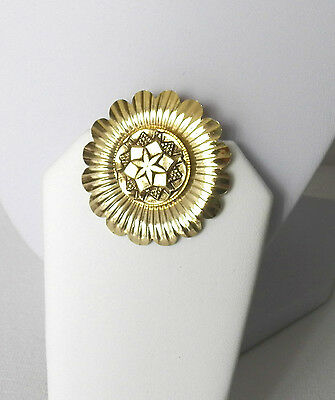 Very Nice Vintage Scarf Clip In A Shiny Yellow Gold Tone Metal In A Fine Design