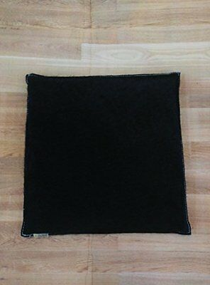 100% Leather cushion. Serraje. 14x14 in. 100% Natural. Perfect for decoration.