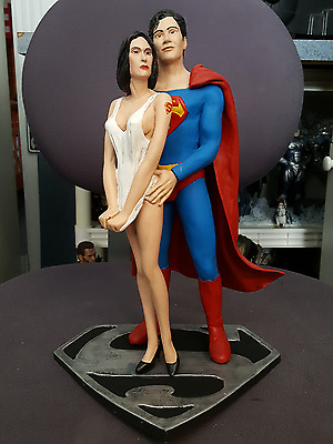 Superman And Lois Painted Resin Model Kit
