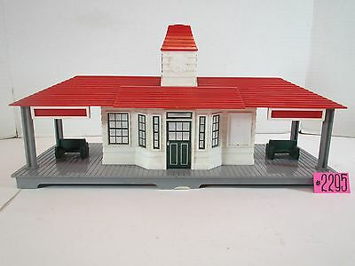 Lionel Post War Red Noma Station For Parts ,repair And Restoration