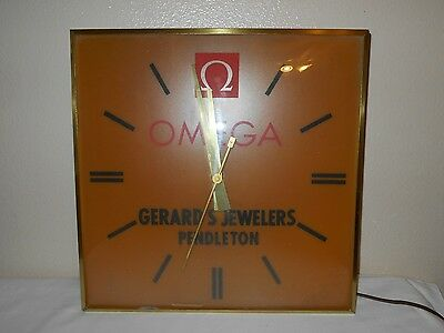 Vintage OMEGA Wall Advertising Clock Gerard's Jewelers Pendleton Oregon.