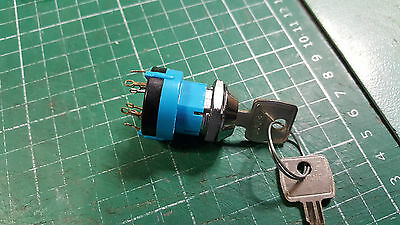 Lorlin Rotary Switch With Key 3 Position , 2 Pole 3 Position Key Operated Switch