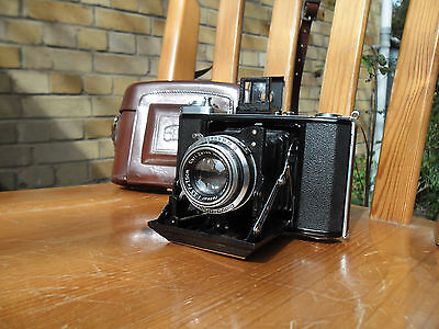 Zeiss Ikon Ikonta 521/16 with Tessar Lens and Compur-Rapid Shutter