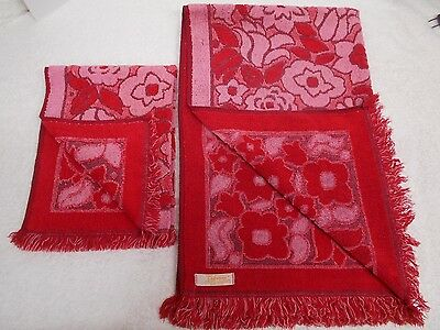 vtg Red Pink Hand and Bath Towel Bathroom 1960's Mod Flower Power Made in USA