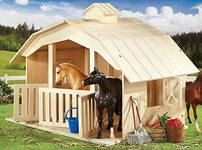 West Wind Stable (Classic) - Horses by Breyer (Y701)