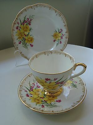 Vintage Taylor & Kent England Side Plate, Saucer & Cup Trio *Jonquils /Daffodils