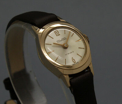 New Old Stock 60s tiny DUWARD 18K GOLD cokctail vintage MECHANICAL watch NOS