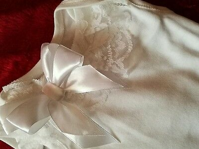 Look Pretty Frilly White  Bow Vest Newborn Baby/reborn