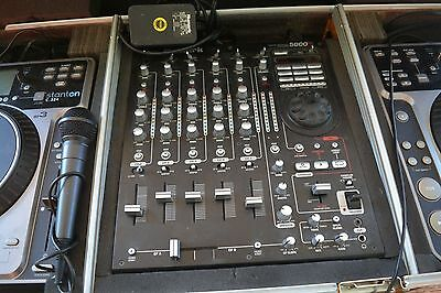 NUMARK PROFESSIONAL  SCRATCH MIXER  5000fx 5 CHANNEL W/EFFECTS AND SAMPLE