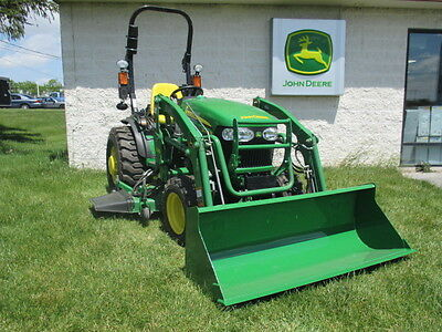 "John Deere 2032R Compact Tractor with Loader and 62"" Mower Deck"