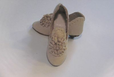 "Ivory Leather Shoes Slippers for 16"" French Fashion doll"