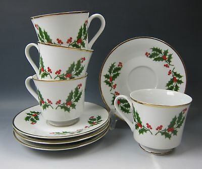 Lot of 4 All of the Trimmings Dinnerware CHRISTMAS HOLLY Cup & Saucer Sets EX.