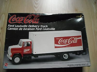 AMT ERTL Ford Louisville Coca Cola Delivery Truck in 1:25, Neu