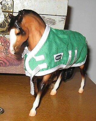 Breyer horse 6x7 inchs has blanket included, no box, loose toy,preowned