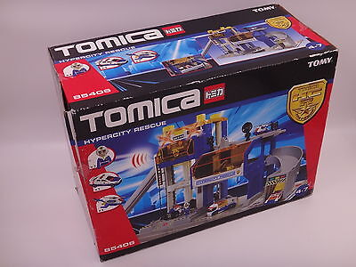 Boxed and unused Tomica 85406 Hypercity Rescue