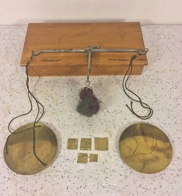 Antique Gold/Diamond/Apothecary Finger Scale in Wood Case w/ Old Brass Weights