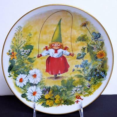Rien Poortvliet GNOME Plate FUN & GAMES Gnome Girl Four Seasons SUMMER