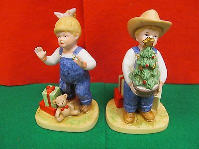 Homco Denim Days Figurines 1523 CHRISTMAS SURPRISE *NICE*