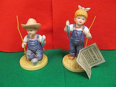 "1998 Homco Denim Days # 15331 - 98 "" Catch Of The Day "" Figurine W/ Tag"