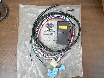 NOS OEM Harley Davidson turn signal 91860 88B nos turn signal wiring harness jeep m151 a1 a2 11630528 $65 00 GM Wiring Harness Diagram at panicattacktreatment.co