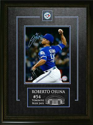 Roberto Osuna - Signed & Framed 8x10 Etched Mat - Toronto Blue Jays Blue Close-U