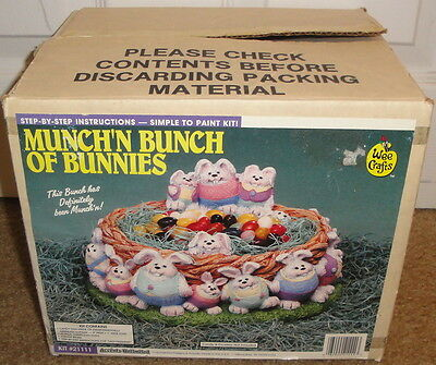 WEE CRAFTS CRAFT KIT Munch'n Bunch of Bunnies 21111 Easter Gypsum Figure Bunny