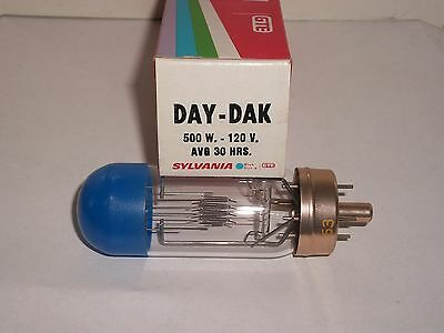 New Old Stock DAY/DAK Projector Light Bulb/Lamp 500W 120V Blue Top 500 Watt NOS