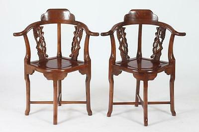 PAIR OF CORNER CHAIRS WITH WHITE CUSHIONS. Lot 248