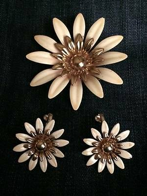 Vintage signed Sarah Coventry enamel earring and brooch set