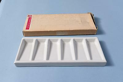 Vintage Winsor Newton Slant Well White Porcelain No. 16 Palette Mixing tray