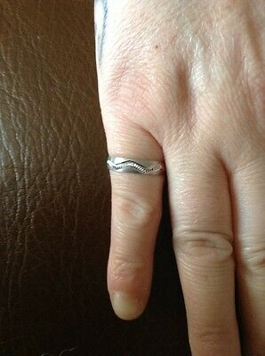 9ct white gold satin wedding ring brand new size M
