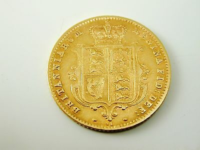 Half sovereign gold coin 22 carat gold dated Queen 1870 Victoria 4.0 grams
