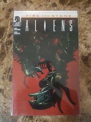 Aliens #1 - Variant Cover - Fire and Stone - Dark Horse Comics - VF/NM