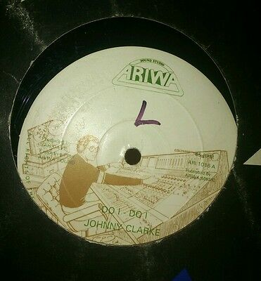 "Johnny Clarke~ Do i do i # Ariwa label 12"" Vinyl single."