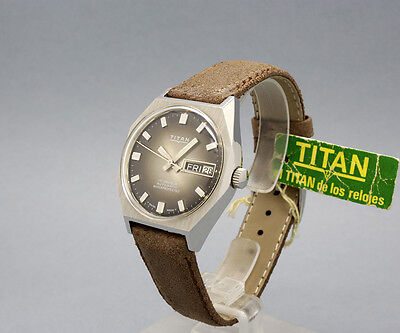 New Old Stock Spanish TITAN AUTOMATIC vintage watch NOS Swiss AS 2066 mvt.