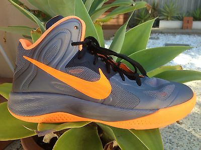 LIKE NEW Unisex Nike Hyperfuse Basketball Sneakers High Ankle Sports Shoes