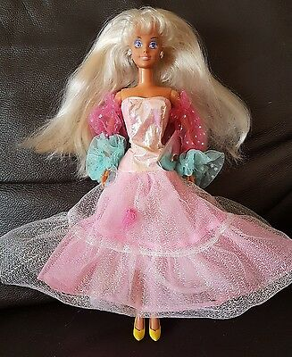 1989 Collectable Vintage Retro Hasbro Pearly Princess Sindy Doll