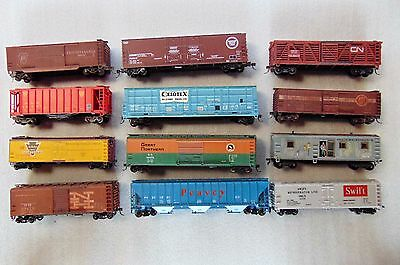 Lot  of 12 Box Freight Cars Trains Athearn -  HO