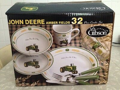 John Deere Dinnerware Set Gibson 32 piece plate service for 8